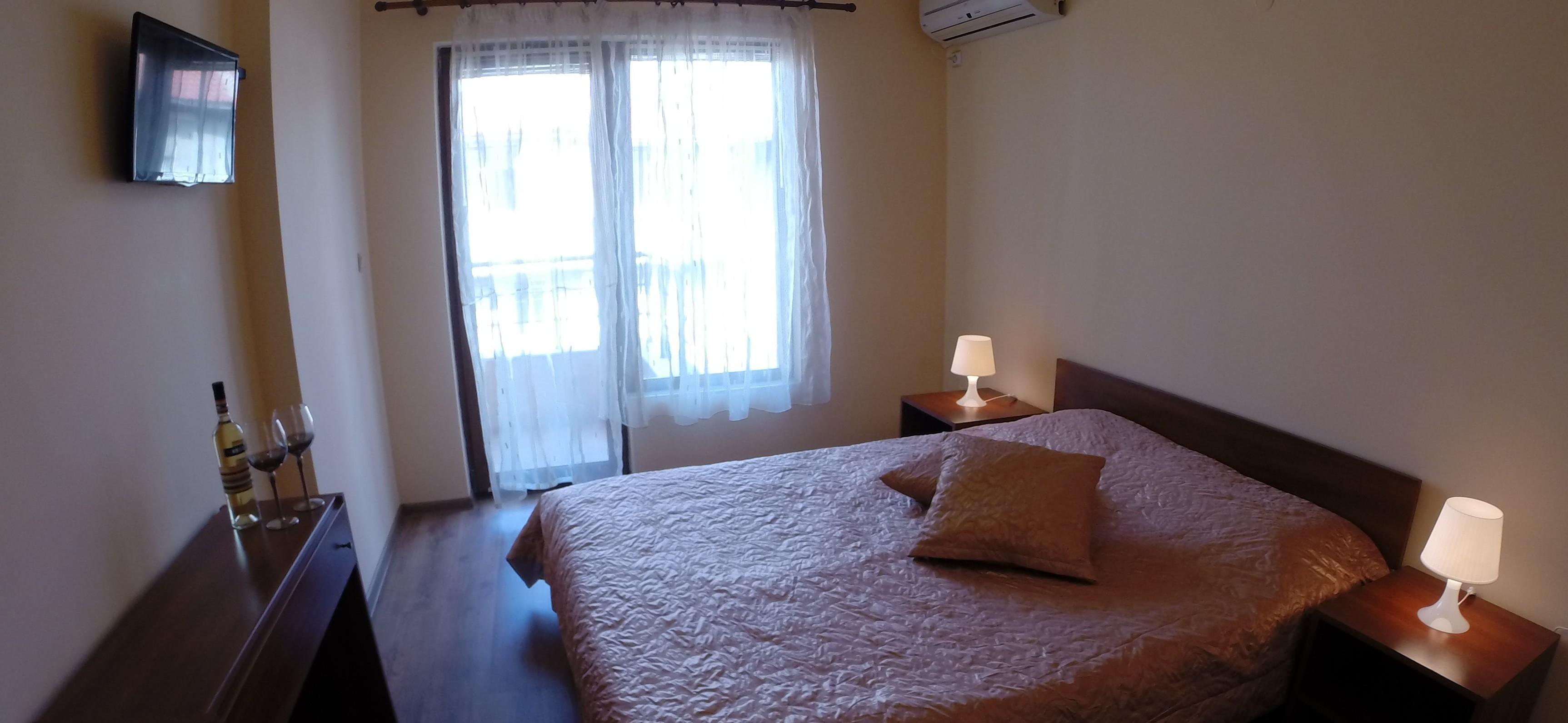 Спалня с морски изглед